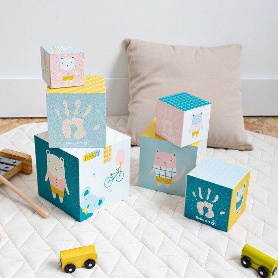 BABY ART Активни кубчета за кула с отпечатъци с боички
